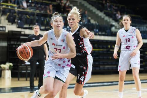 Moterų lygos B diviziono finalas: VU - LSU